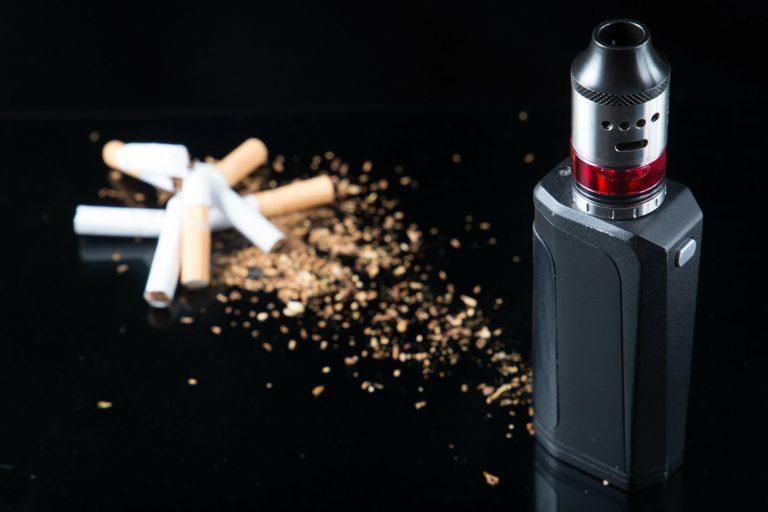 quitting smoking with vaping image