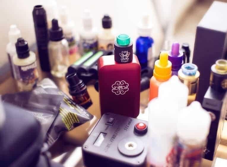 Can You Mix Vape Juice featured image